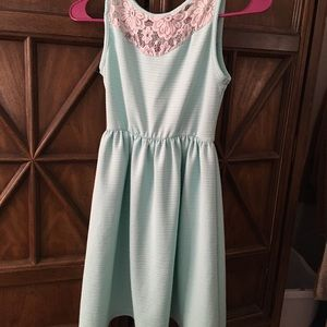 Girl's Sleeveless Dress